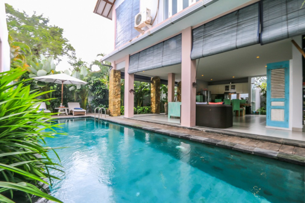 Beautiful colonial style villa for sale in the heart of Umalas