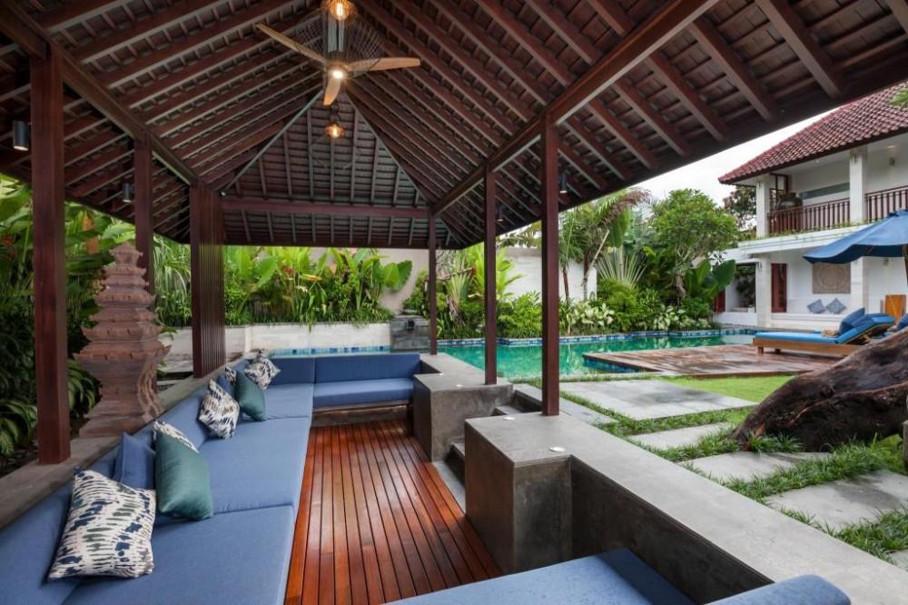 4 kamar tidur Modern gaya Freehold Real Estate untuk dijual di Petitenget