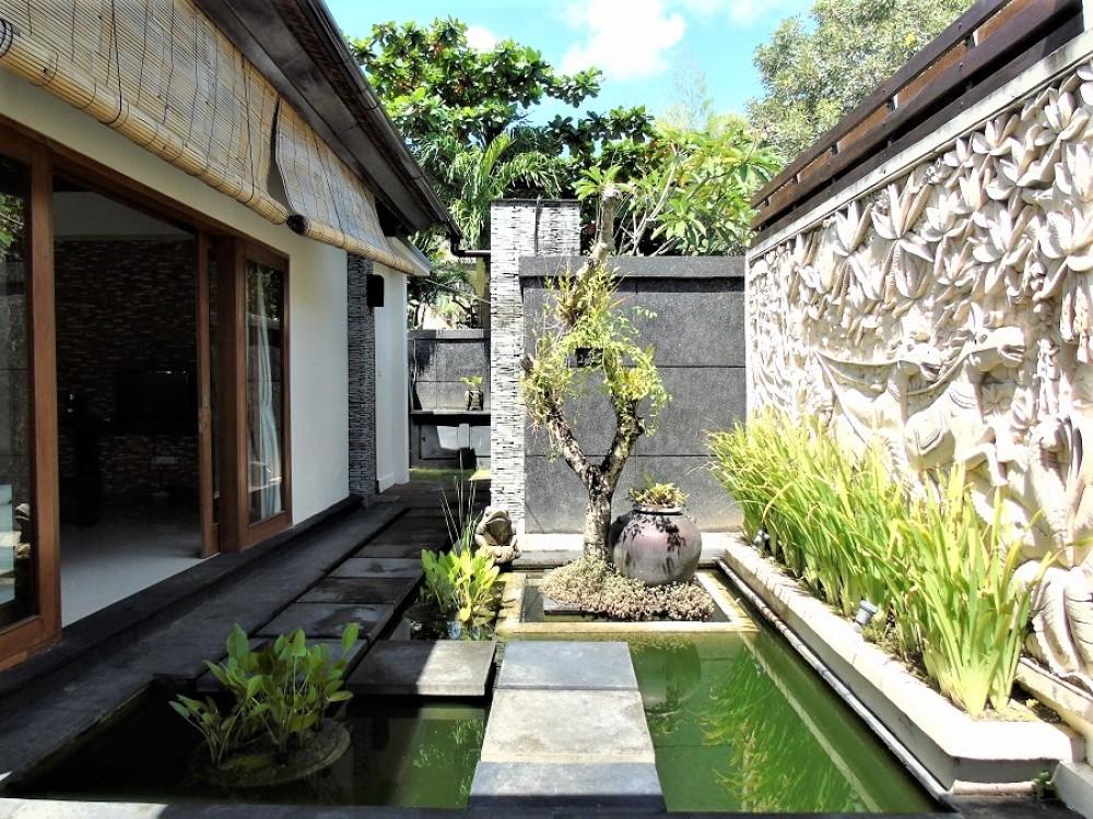 stunning three bedroom villa in complex area in bumbak umalas