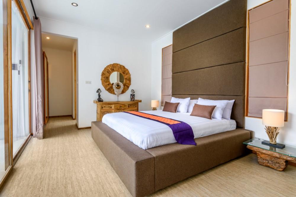 Luxury five bedrooms tropical villa for sale in Berawa