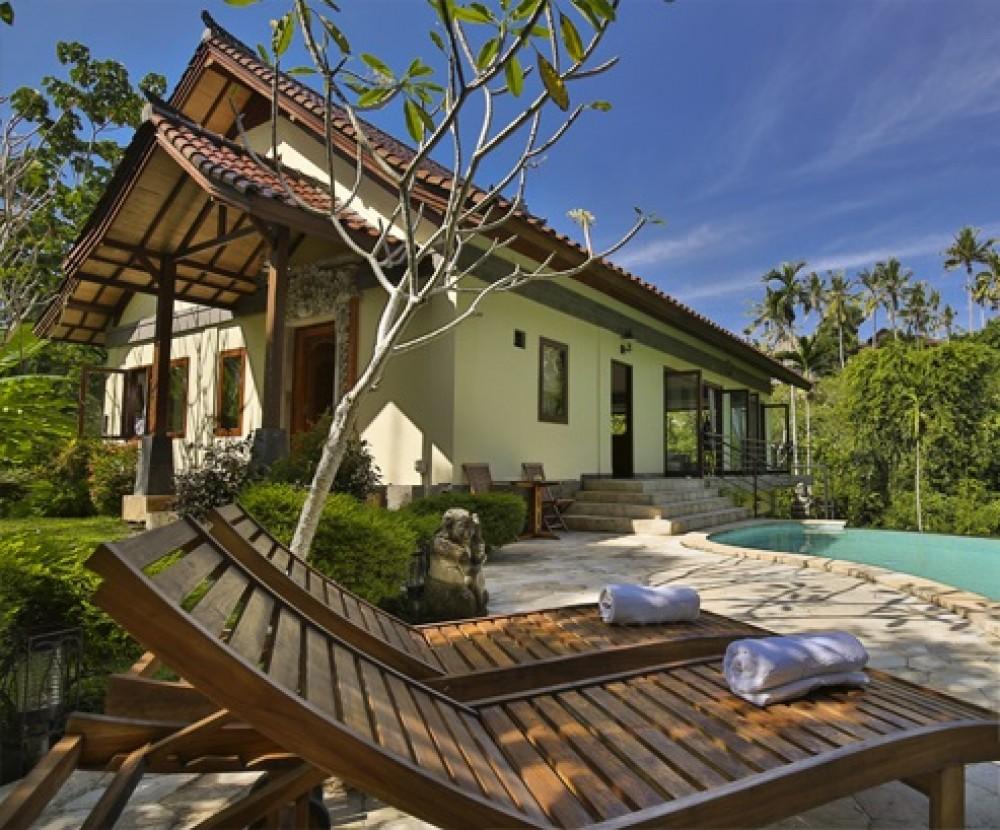 Amazing 4 Bedroom Freehold Real Estate for Sale entouré par la verdure à Ubud