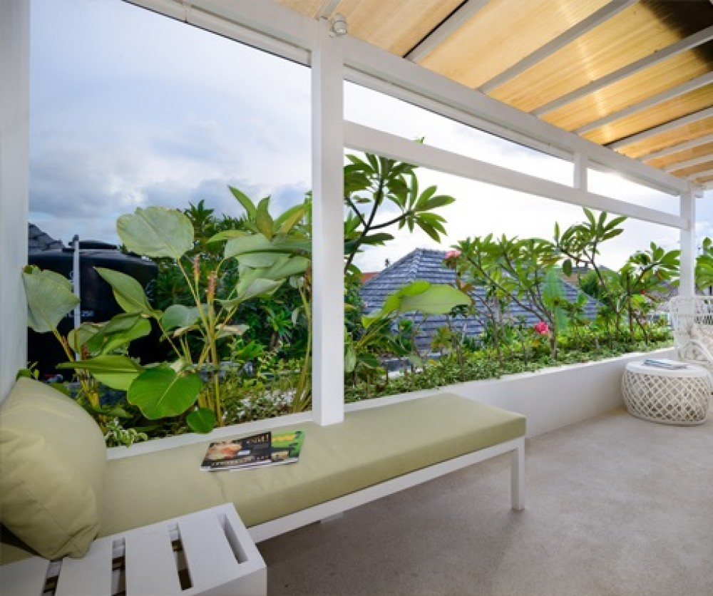3 Bedrooms Beachside Leasehold Real Estate For Sale in Sanur