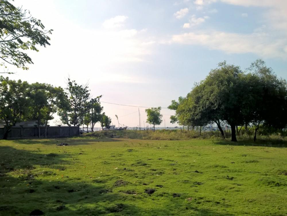 Penawaran terbaik tanah depan pantai hak milik