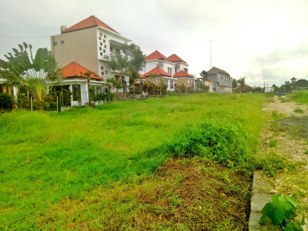 Charming land for sale 30are
