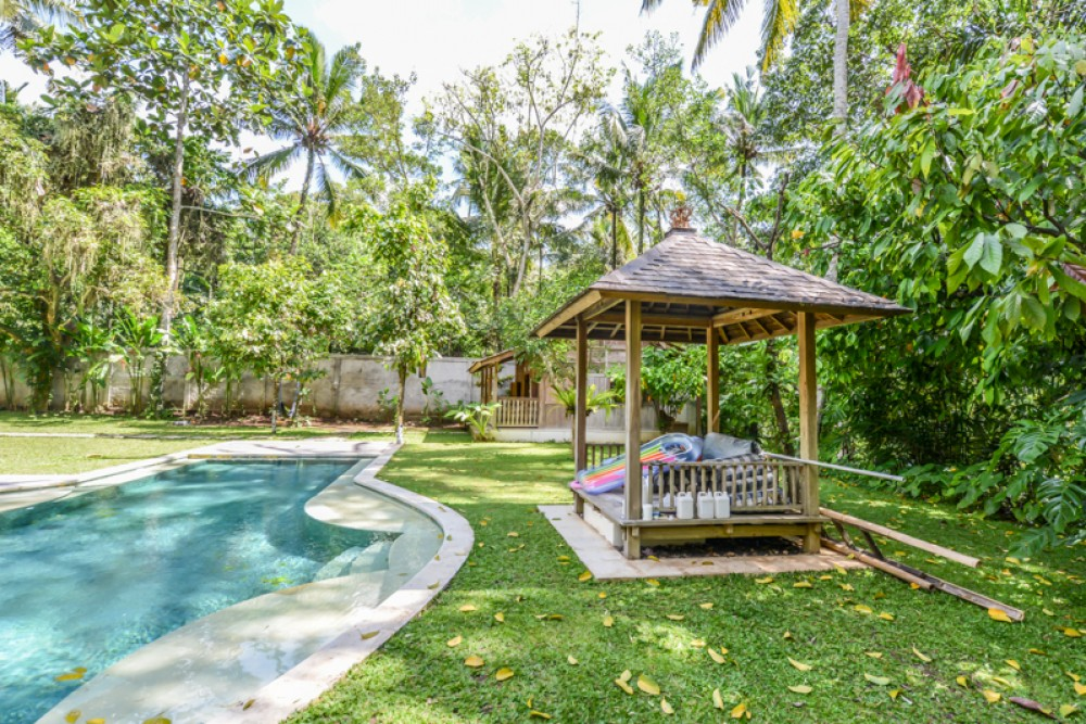 Amazing Spacious Freehold Villa à vendre à Klungkung