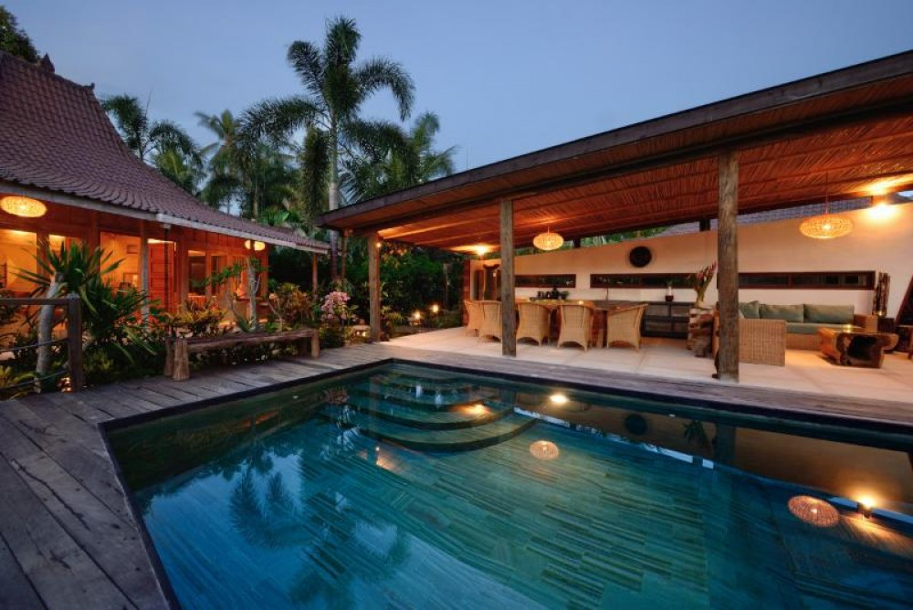 LUXURY VILLA CLOSE TO CENTRAL UBUD