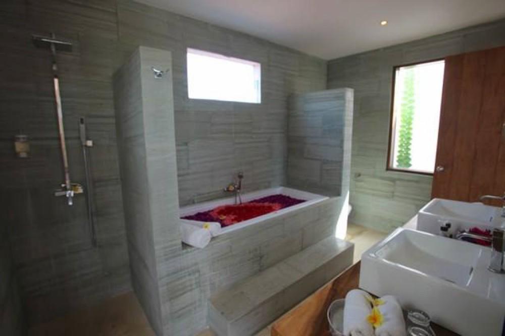 Superbe villa à vendre à Prime Location of Drupadi