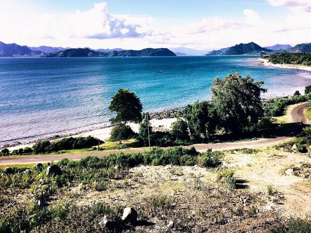 Tanah Bukit Sumbawa 55 Are dengan Pemandangan Indah Dijual
