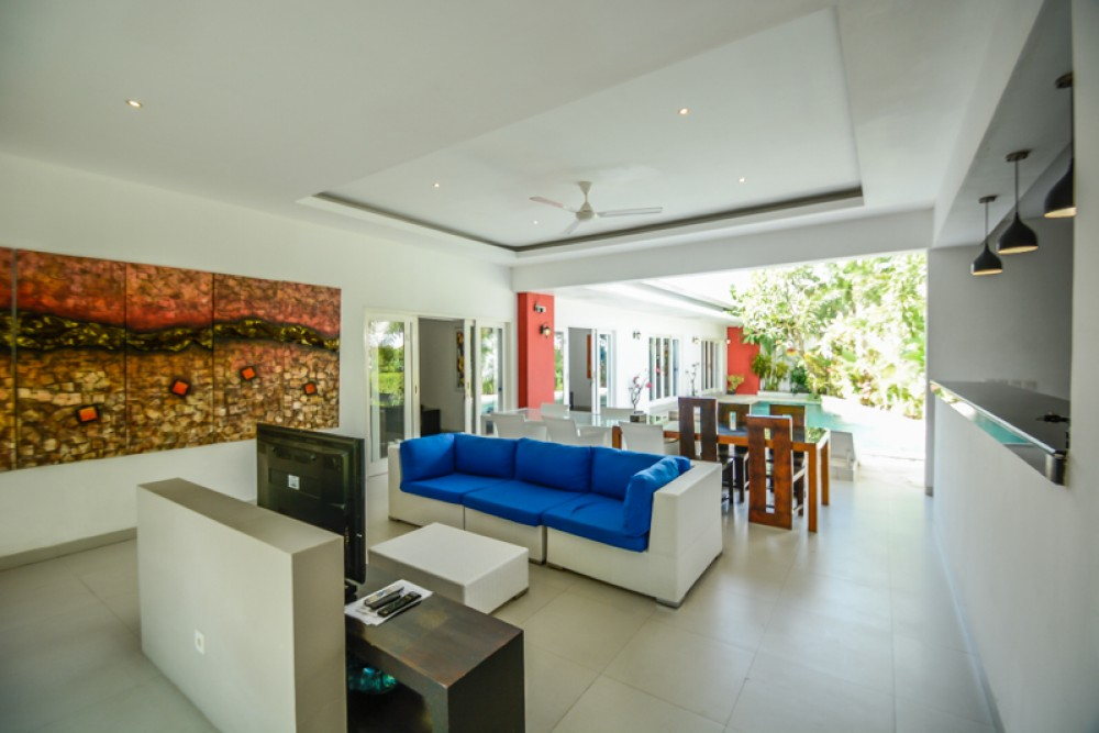 Beautiful Modern Four Bedrooms Villa for Sale in Berawa