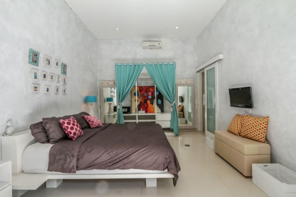Beautiful Villa for Sale in Prime Location of Seminyak