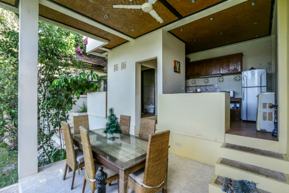 Freehold Two Bedrooms Villa With Ocean View for Sale in Ungasan