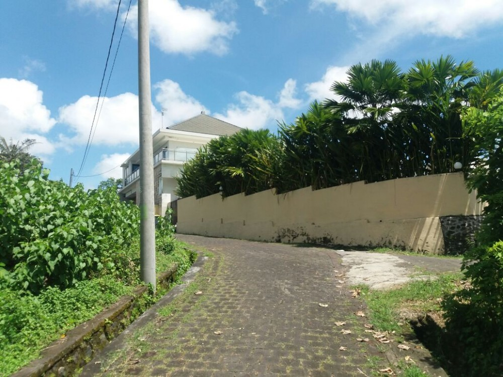 Below Market Value, 28 are Freehold Land