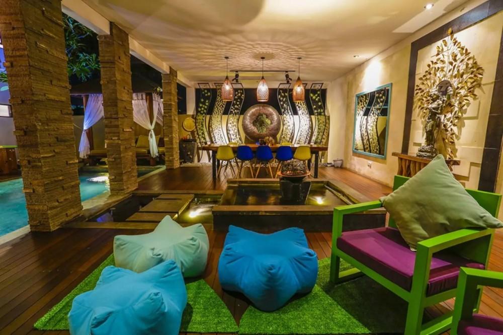 gorgeous three bedroom villa in a secure complex area in berawa canggu