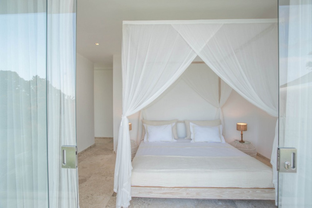 modern three bedroom villa in great area of berawa canggu  ( available on July 2019 )