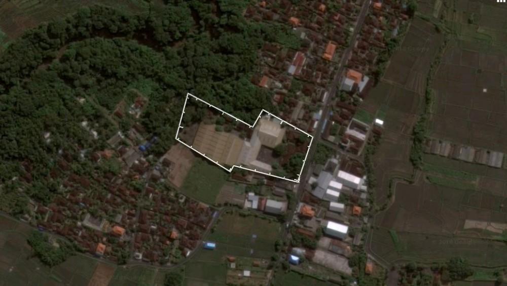 112 sont des terrains à vendre parfaits pour le développement commercial