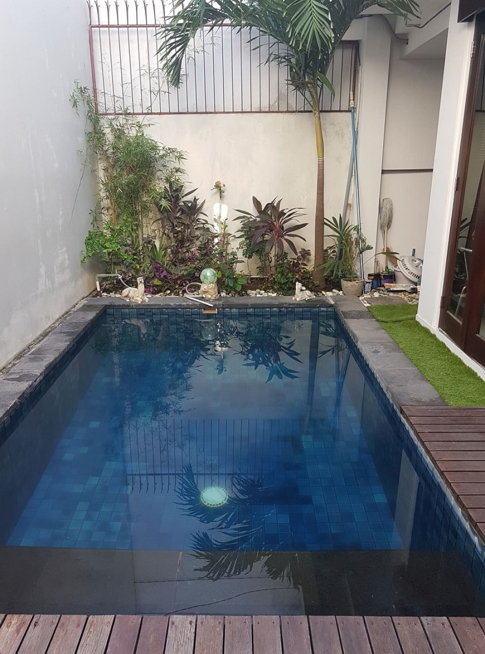 STUNNING THREE BEDROOM VILLA IN LEGIAN SEMINYAK