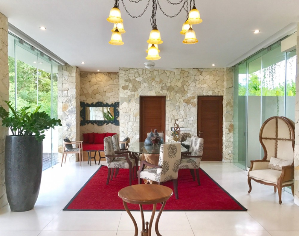 Stunning Four Bedrooms Freehold Villa for Sale in Dreamland