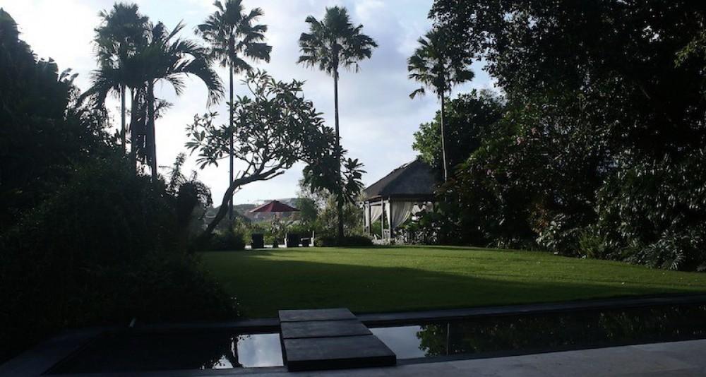 Rare 5 Bedroom Oceanview Leasehold Villa in Canggu