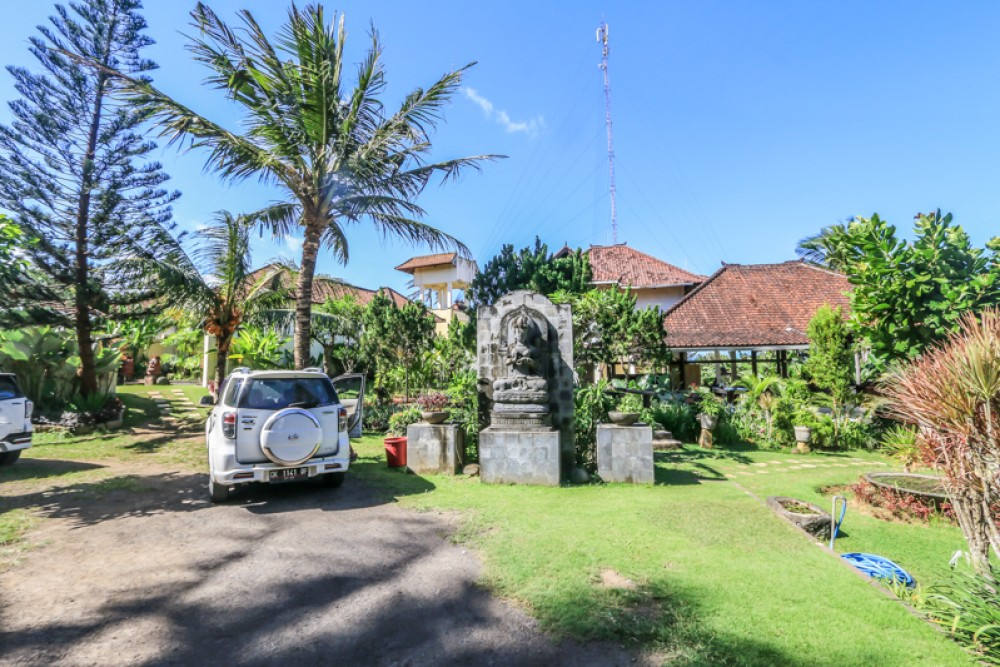 Ocean View Three Bedroom Villa with Spacious Land for sale in Gianyar