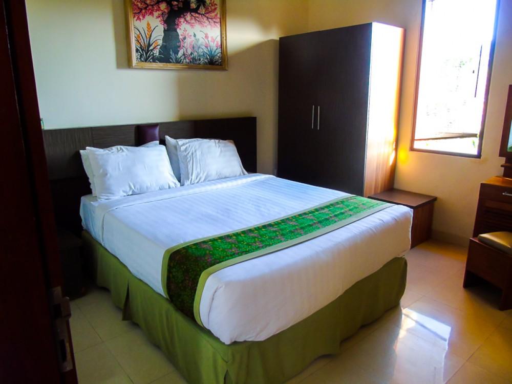 BEAUTIFUL THREE BEDROOM VILLA AT PERERENAN