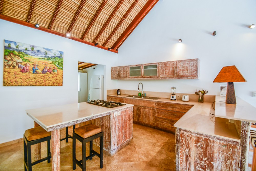 Brand New 4 Bedroom Villa in Padonan