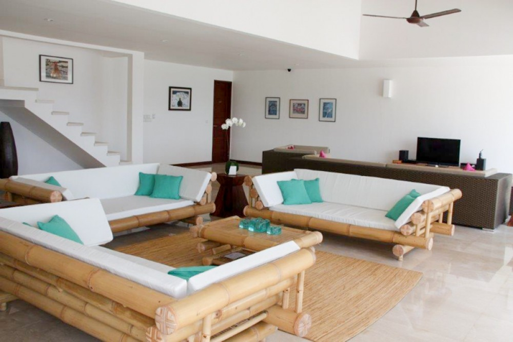 Luxurious Freehold Beachfront Villa for Sale in Candidasa