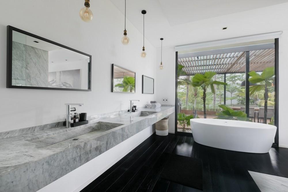 Luxury 5 Bedrooms Villa at Canggu