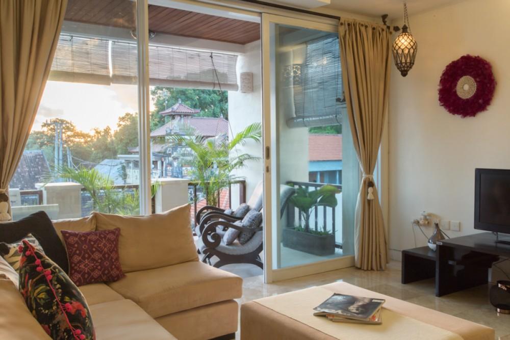 Apartemen Dua Kamar Tidur yang Indah Dijual di The Heart of Seminyak