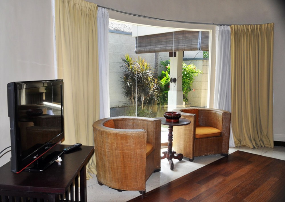Beautiful Complex Villa for Sale in Prime Location of Seminyak