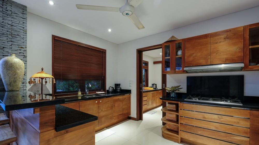 beautiful four bedroom luxury villa in canggu