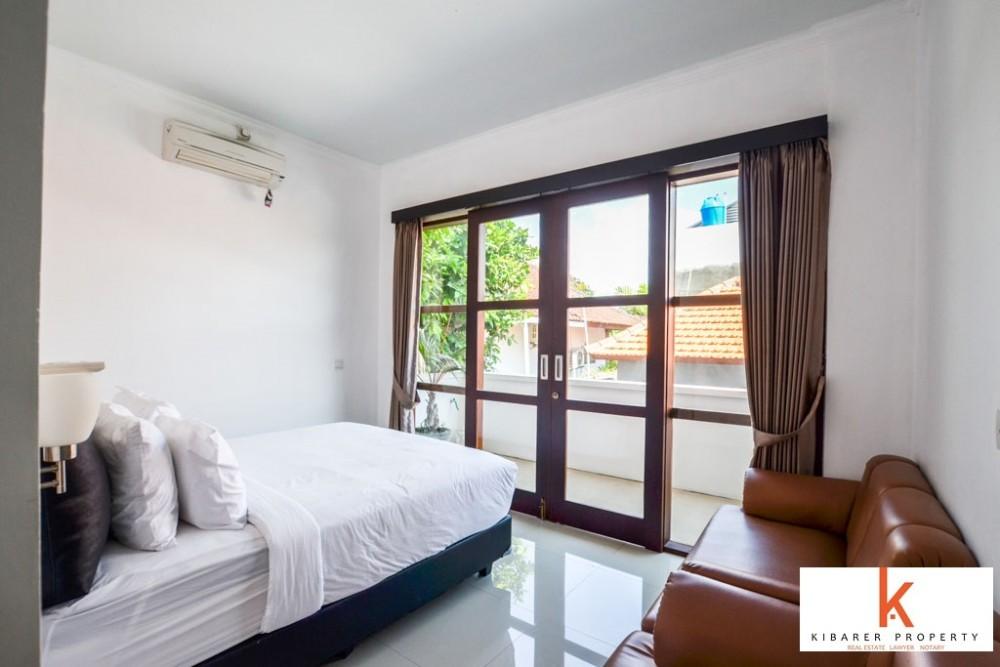 cozy three bedroom villa for living in berawa canggu