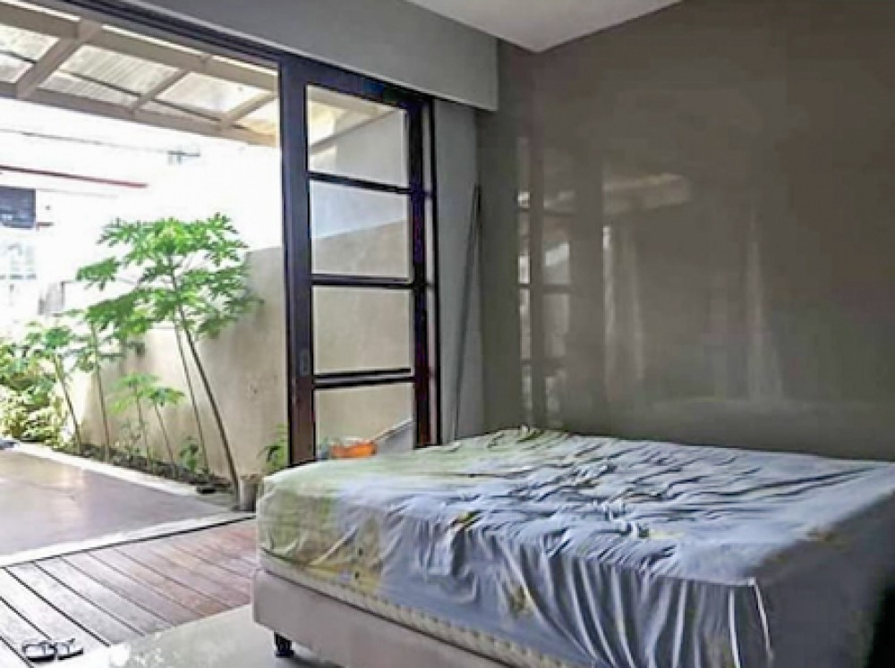 Freehold Villa Dua Kamar Tidur Terbaik untuk Dijual di Kerobokan