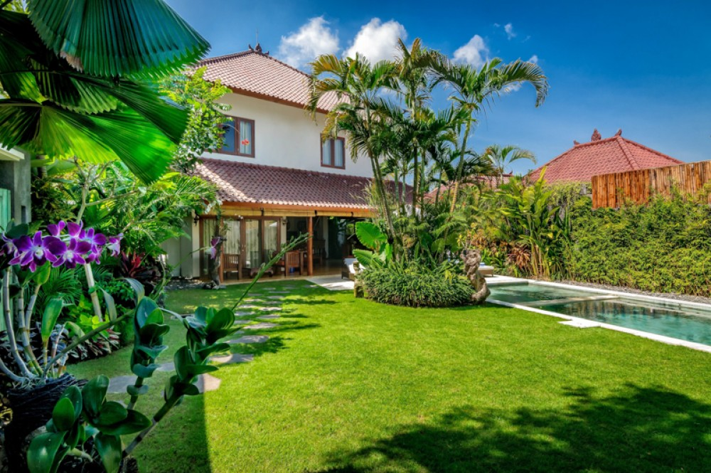 Best Investment Complex Villa for Sale in the Heart of Seminyak