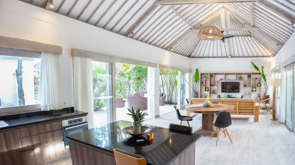 Perfect Three Bedrooms Villa for Sale in Canggu