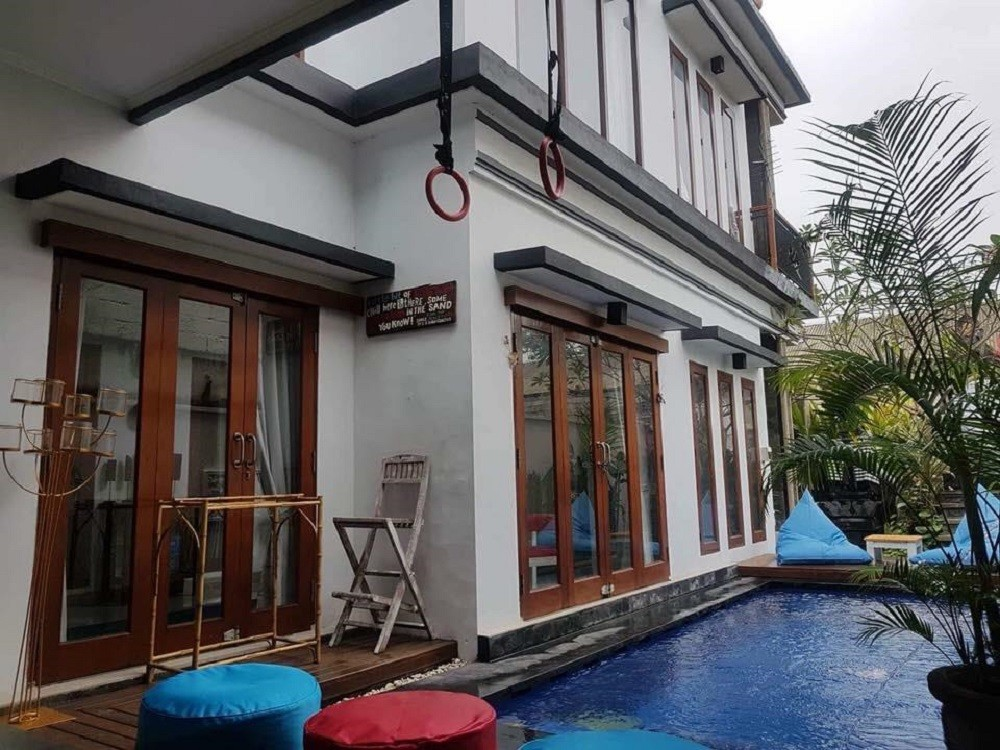 Four Bedrooms villa in Berawa (available on 23rd March)