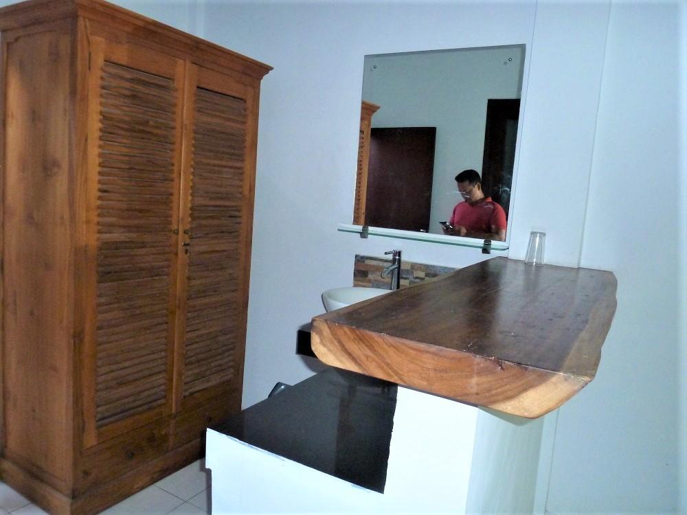 Beautiful 3 Bedrooms Villa and 14 Room Guest House at Seminyak