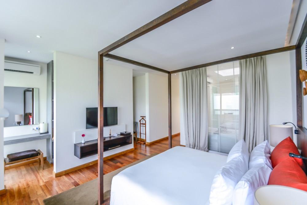 Modern Two Bedrooms Complex Villa for Sale in the Heart of Seminyak