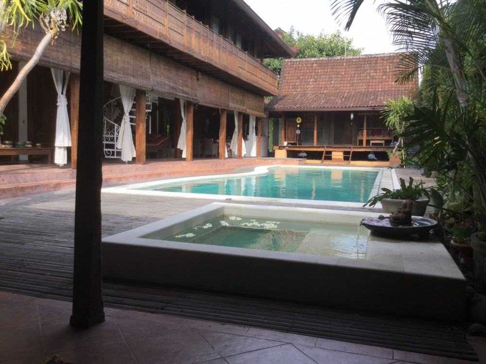 High End Traditional Leasehold Villa Two Properties in One