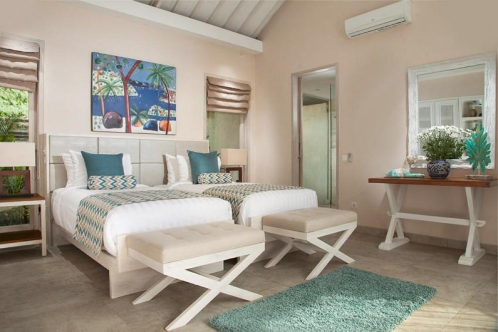 Villa Mewah Empat Kamar Tidur Dengan Tanah Luas untuk dijual di Sanur