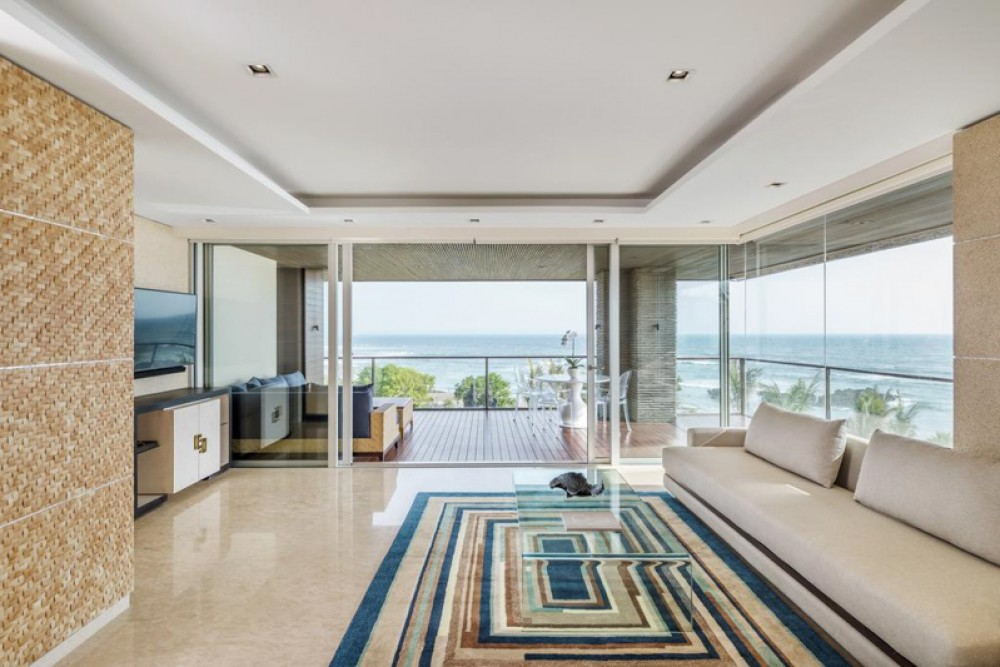 Luxurious Penthouse Long Lease for Sale with Ocean View in Echo Beach