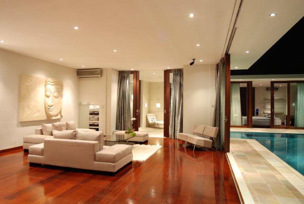 Modern Three Bedrooms Complex Villa for Sale in Seminyak