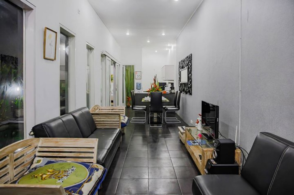 newly renovated three bedroom villa in great area of seminyak