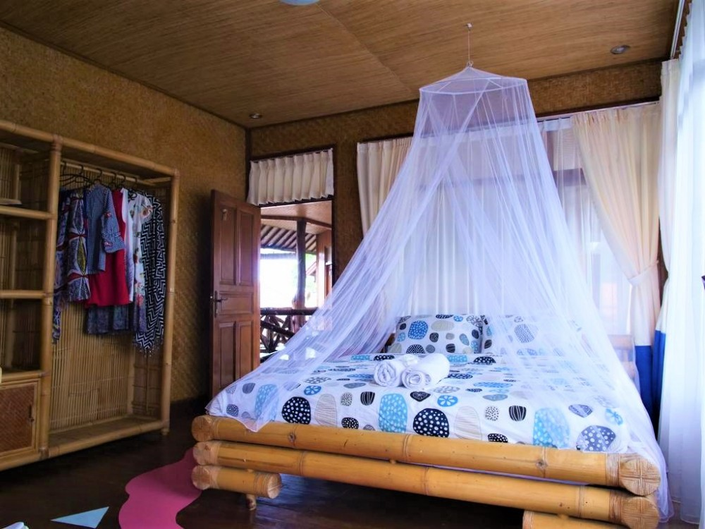 great guesthouse perfect for investment in center area of berawa canggu ( min 3 years rental )