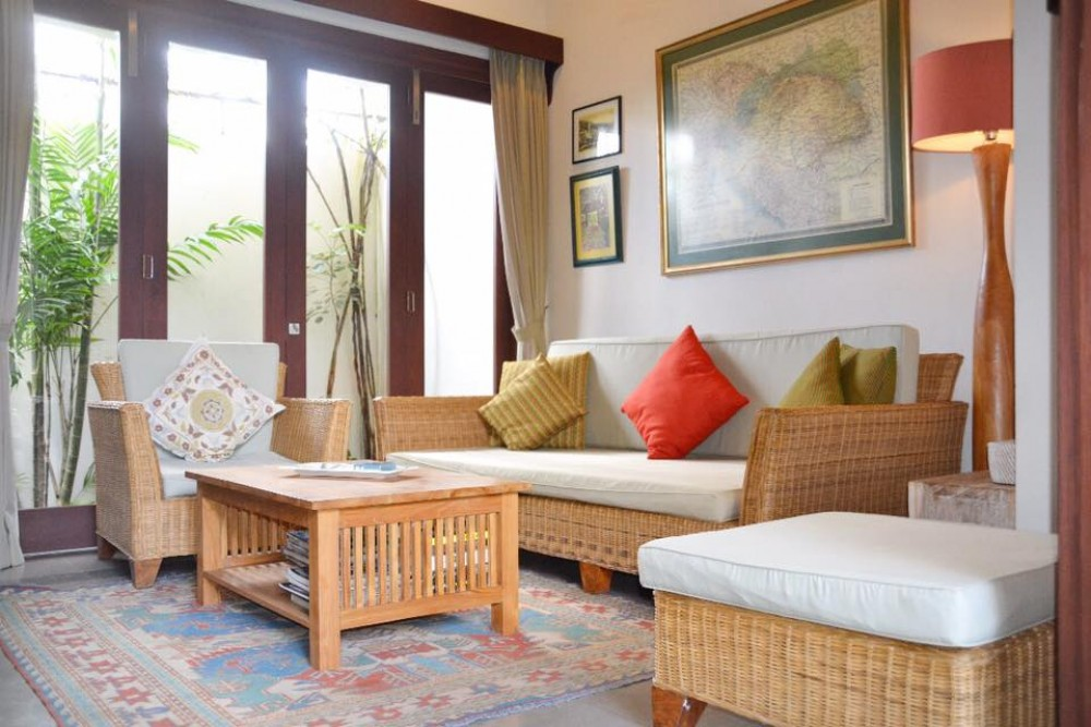 3 Bedrooms Villa Walking Distance to the Berawa Beach