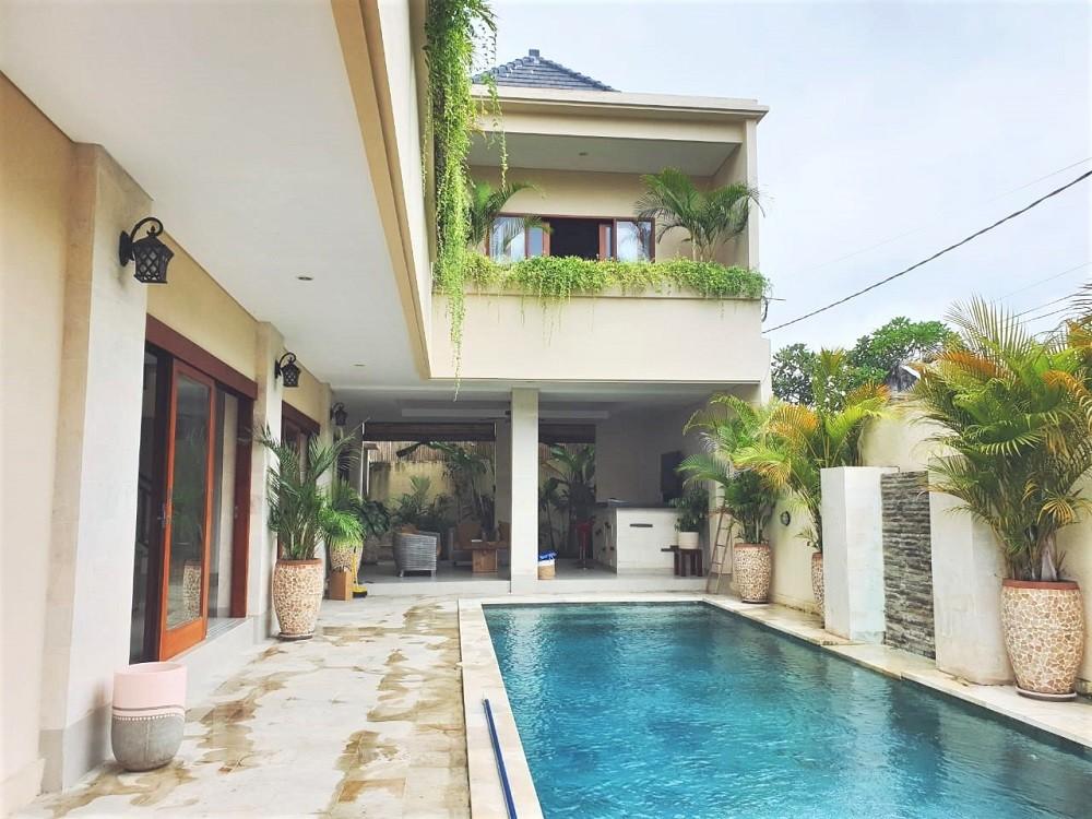 Beautiful 3 Bedrooms Villa in Tibubeneng