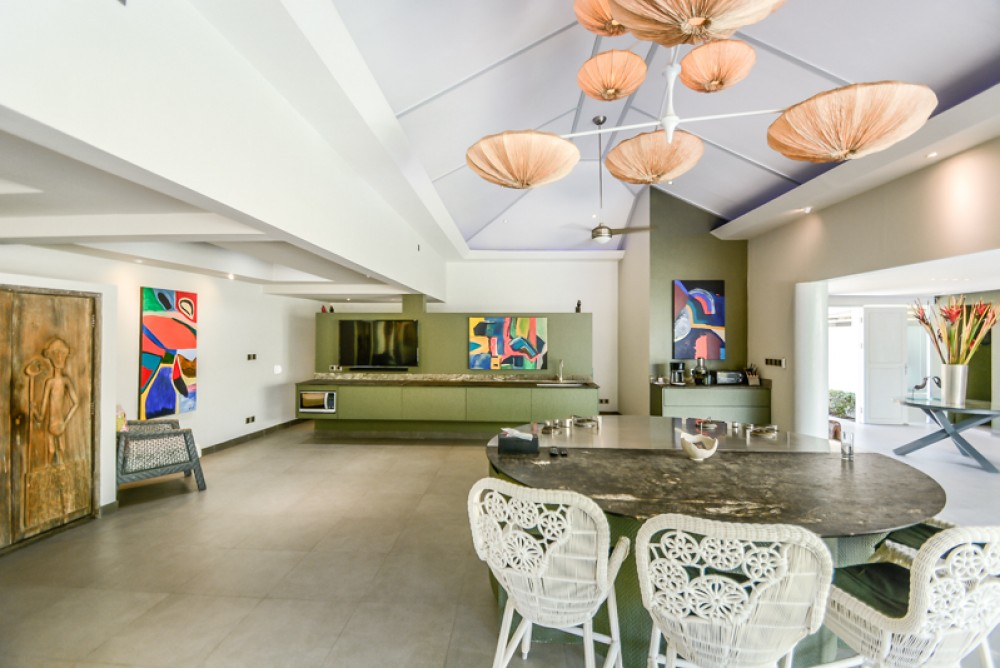 Luxurious Four Bedrooms Villa for Sale in the Beach Side of Sanur