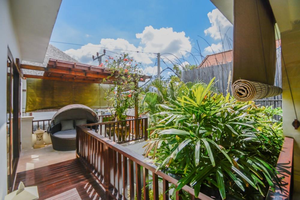 Villa Investasi Luar Biasa Dijual di Jantung Seminyak