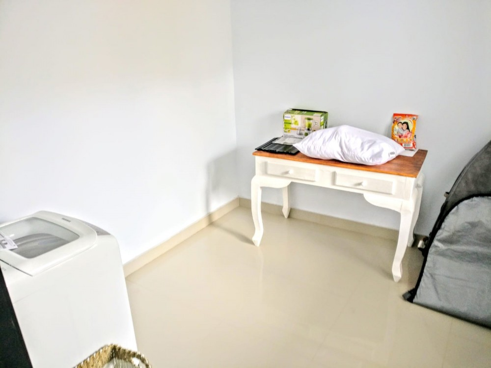 lovely three bedroom villa for living in berawa canggu