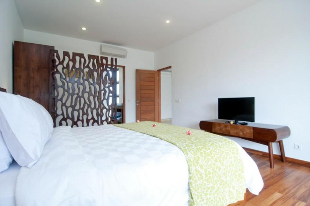 Charming Three Bedrooms Villa for Sale in Seminyak