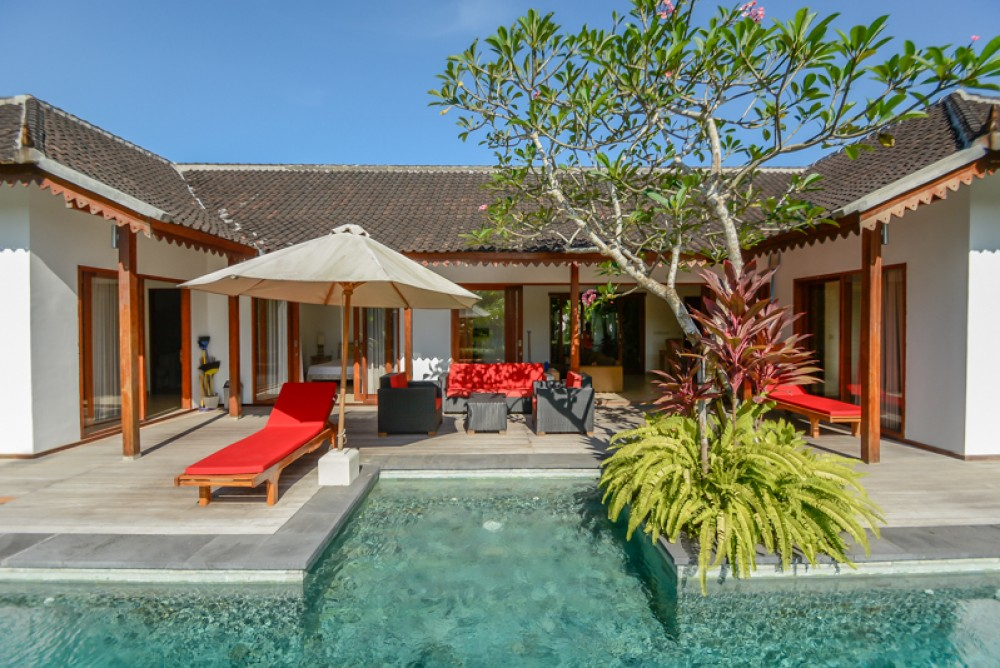Amazing Villa with Rice Paddies View for Sale in Canggu